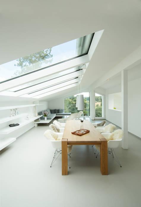 Livings de estilo moderno de Karl Kaffenberger Architektur   Einrichtung Moderno