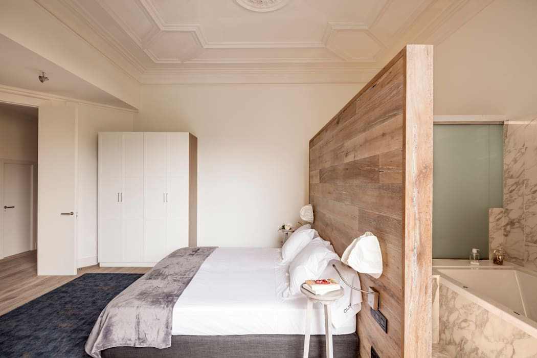 Dormitorios de estilo  por Alex Gasca, architects.