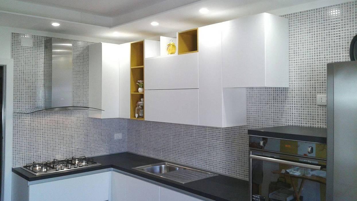 Cocina de estilo  de Cucine e Design,