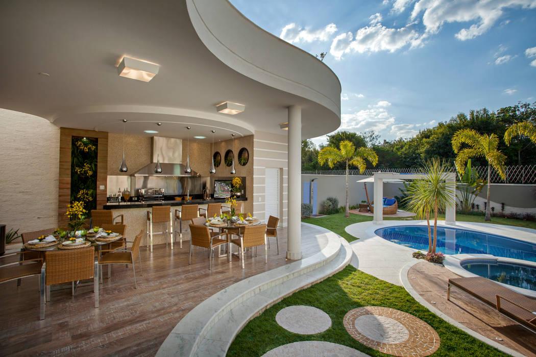 Patios & Decks by Arquiteto Aquiles Nícolas Kílaris, Modern