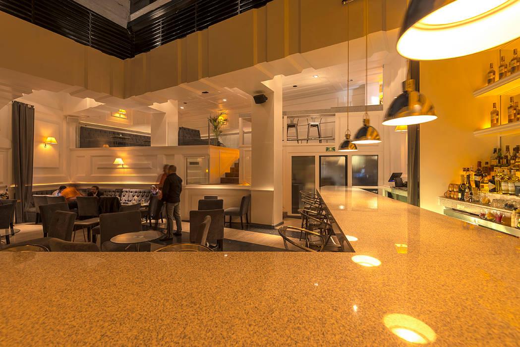 Бары и клубы в стиле модерн от ROMERO DE LA MORA Модерн