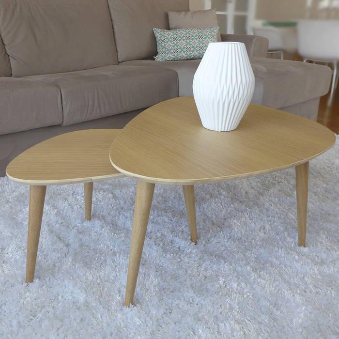 Des tables gigognes années 50: Salon de style de style Moderne par Skéa Designer