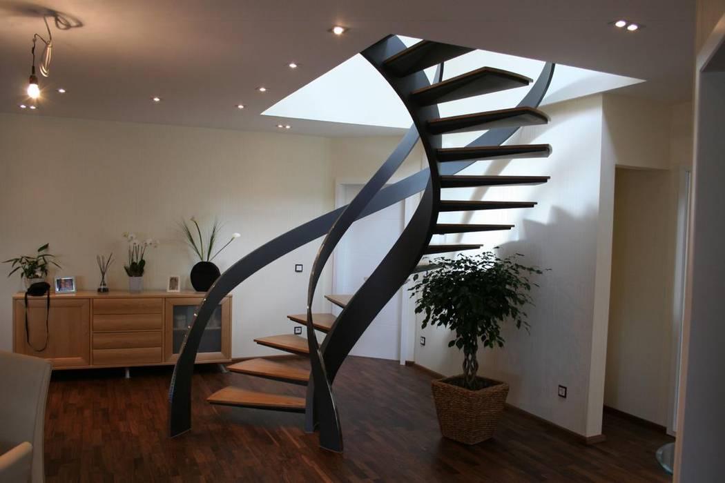 Modern Corridor Hallway Stairs By Nautilus Treppen