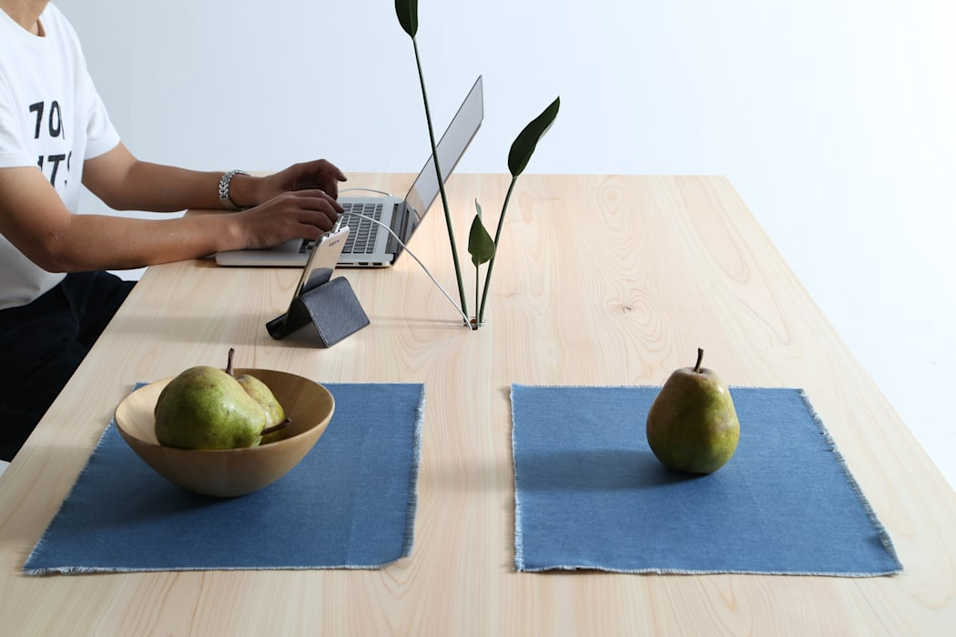 CONSENTABLE/MT CONSENTABLE Dining roomTables