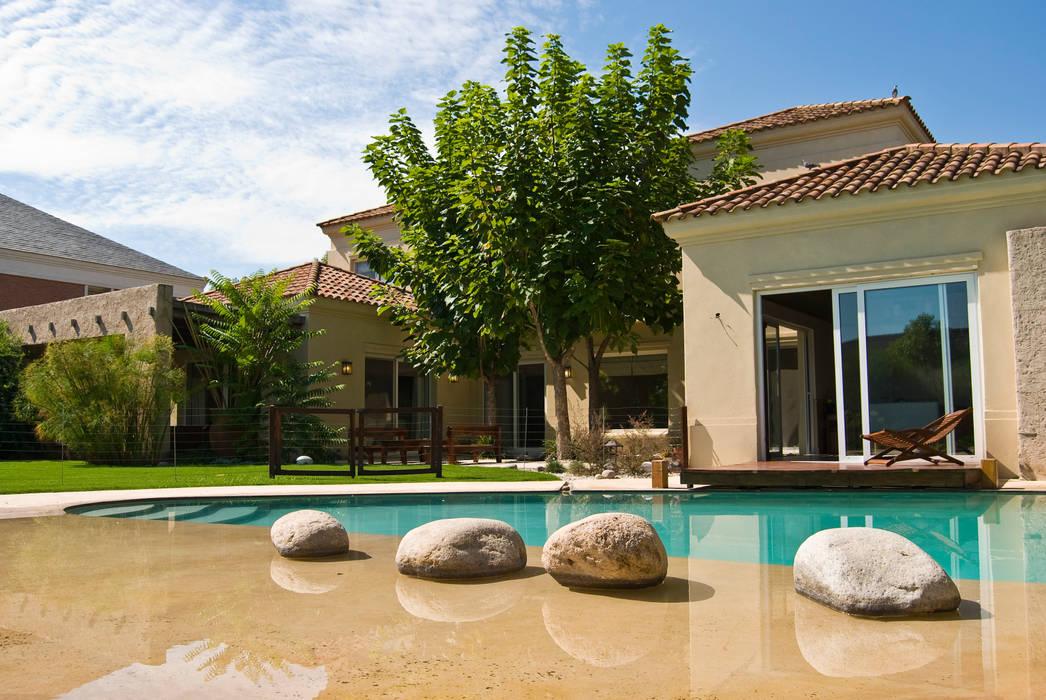 Clásicos Detalles Jardines clásicos de LLACAY arquitectos Clásico
