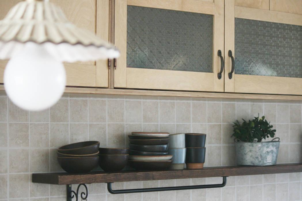Birch kitchen: 자작나무 의  주방,