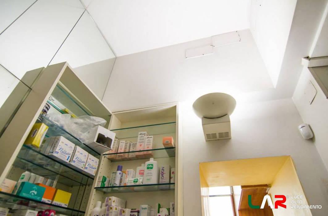 Illuminazione: negozi & locali commerciali in stile di lar luce alto