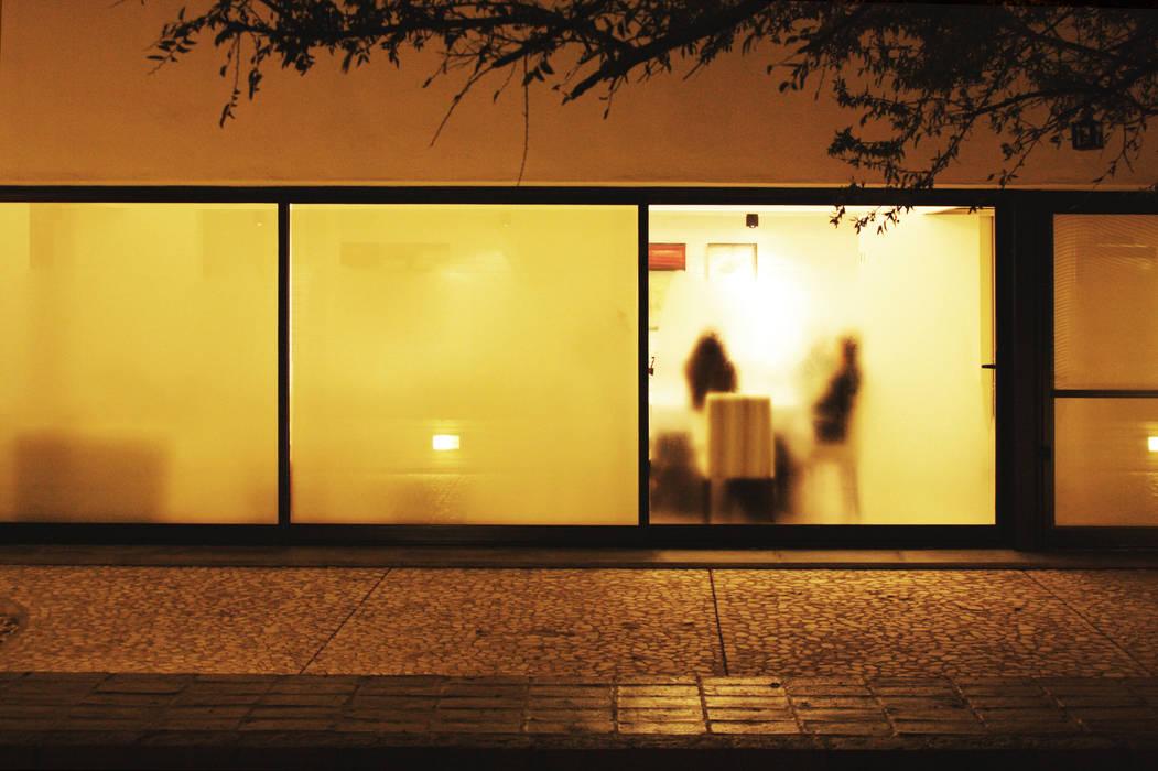 Casa LS Casas modernas: Ideas, imágenes y decoración de BLTARQ Barrera-Lozada Moderno