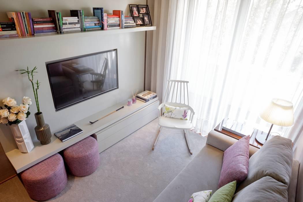 Residence Flat | Boavista Palace | 2015 Salas de estar modernas por Susana Camelo Moderno