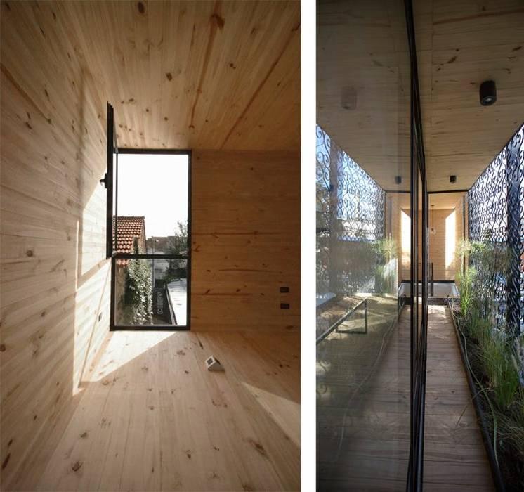 Casa Palo Balcones y terrazas modernos: Ideas, imágenes y decoración de AToT Moderno