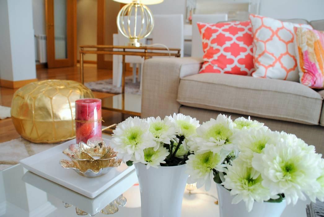Brilho e Luz! - Decoração de sala de estar e jantar Salas de estar modernas por White Glam Moderno