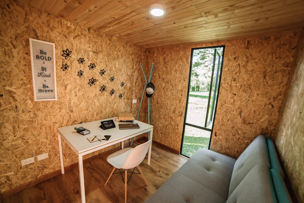 COLECTIVO CREATIVO Modern Study Room and Home Office