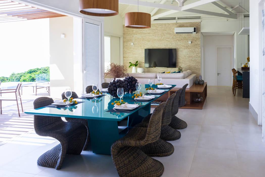 Comedores de estilo  por Renata Matos Arquitetura & Business,