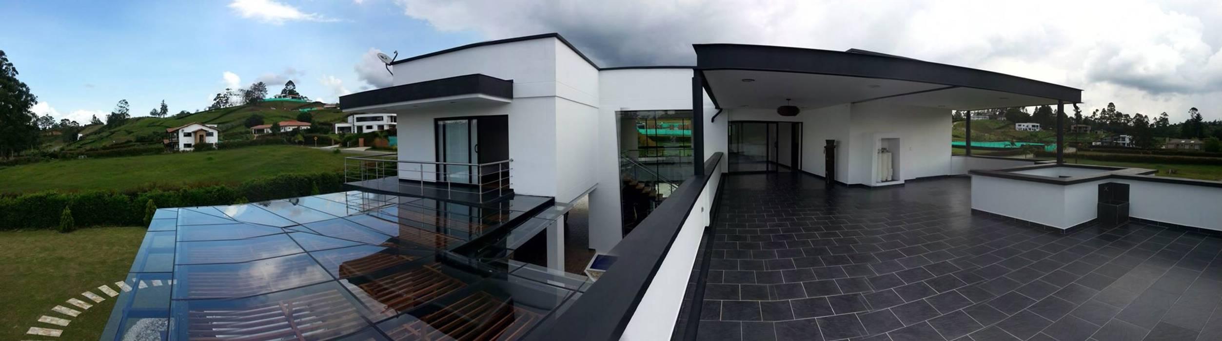 homify Modern style balcony, porch & terrace