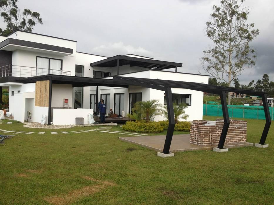 Andrés Hincapíe Arquitectos A H A Maisons modernes