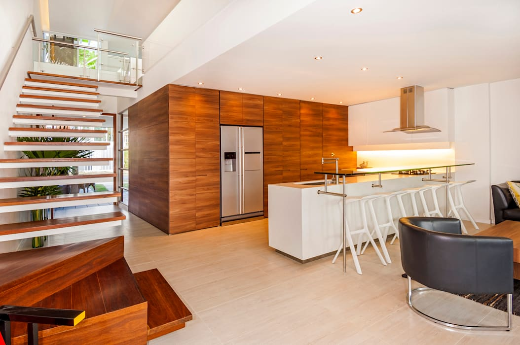 FR ARQUITECTURA S.A.S. Modern style kitchen Wood