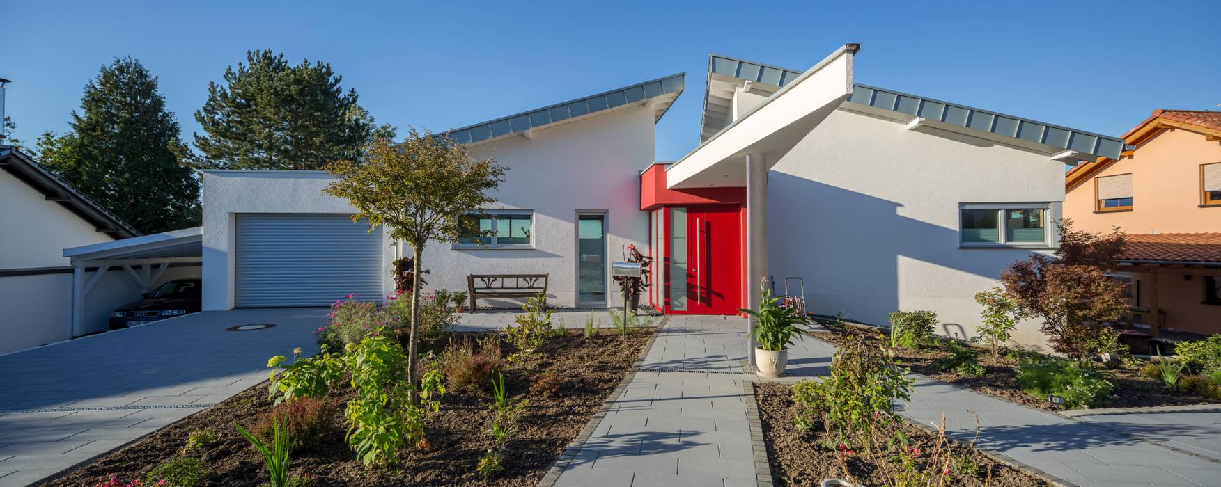 Modern houses by aaw Architektenbüro Arno Weirich Modern