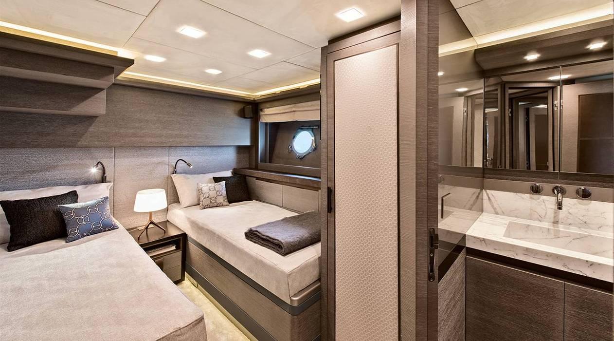 Yachts & Jets de style  par  roberta mari, Moderne