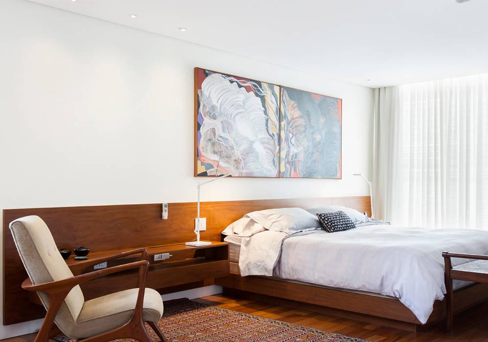 Phòng ngủ by RSRG Arquitetos