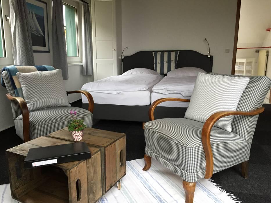 Obstkisten Zum Tisch Umfunktioniert Schlafzimmer Von Kistenkolli Altes Land GbR Maxin Rehder