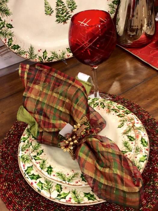 Arreglos navideños: Hogar de estilo  por XMAS (Christmas)