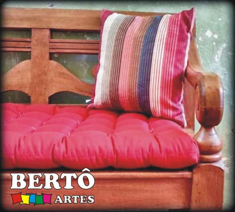 Almofadas:  colonial por Bertô Artes e Decorações,Colonial