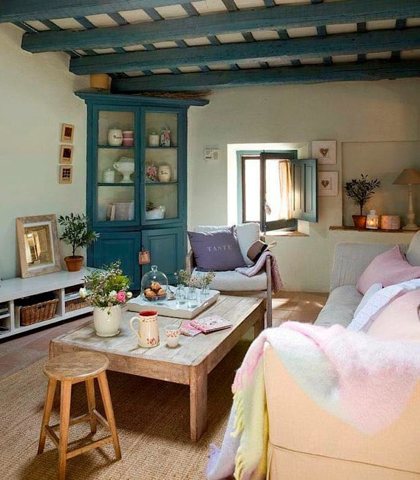 Proyectos de interiorismo varios Modern living room by estudio 60/75 Modern