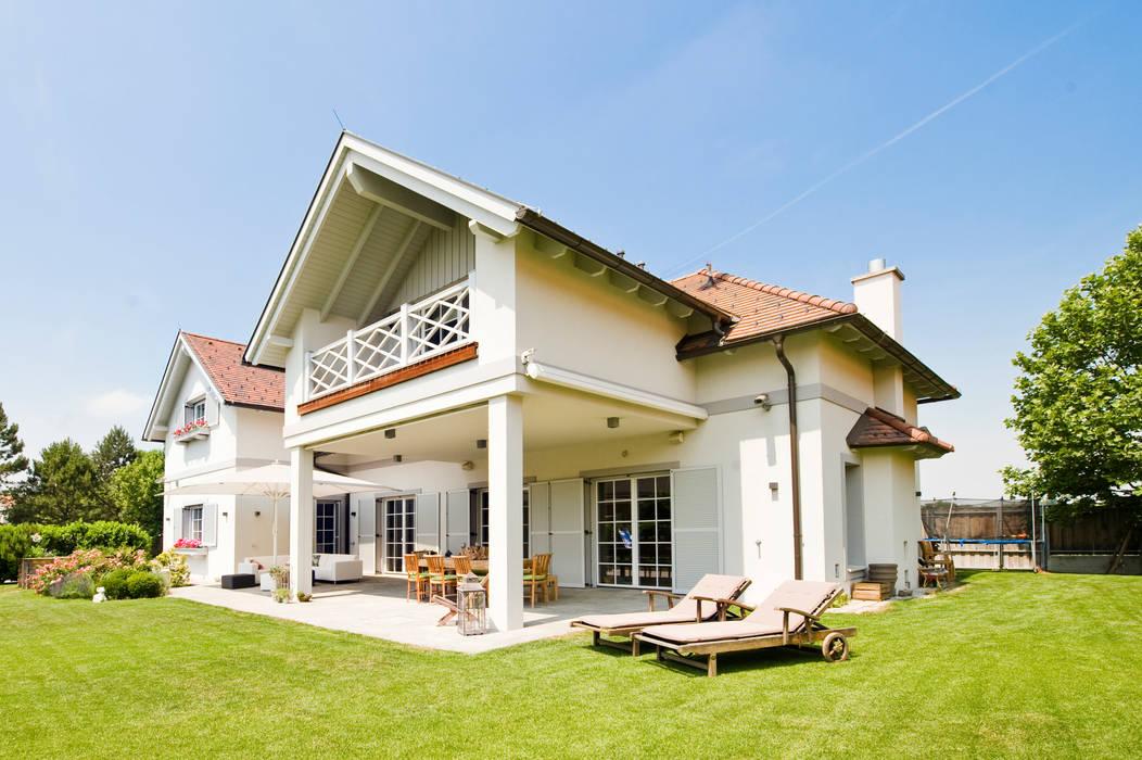 WUNSCHHAUS Mediterranean style houses