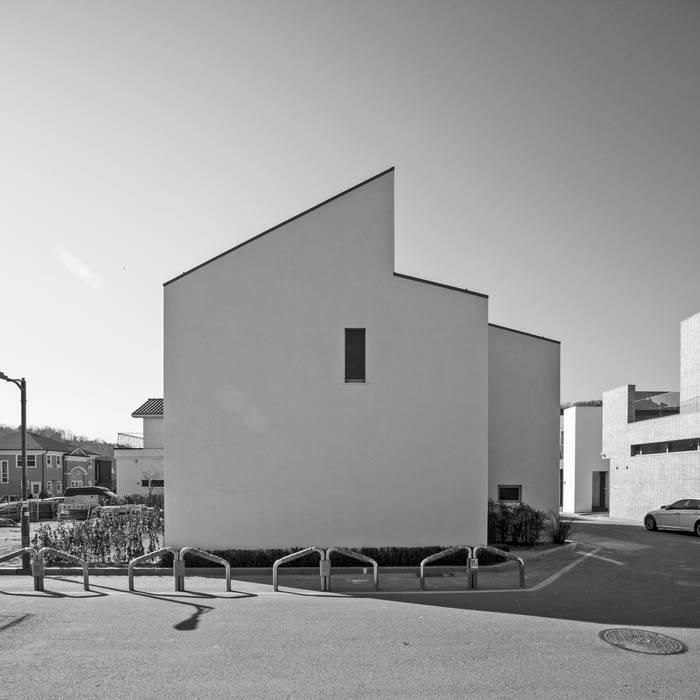 north: min workshop의  주택