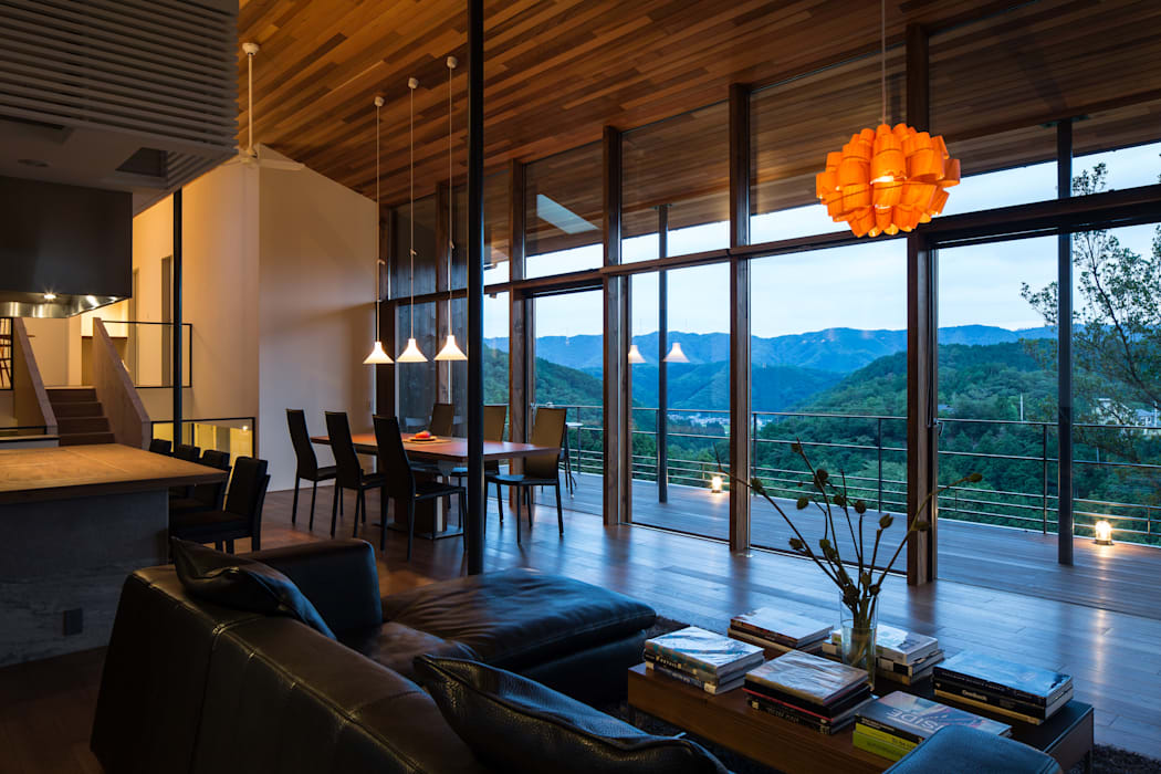 House in Sayo Mimasis Design/ミメイシス デザイン モダンデザインの リビング ブラウン