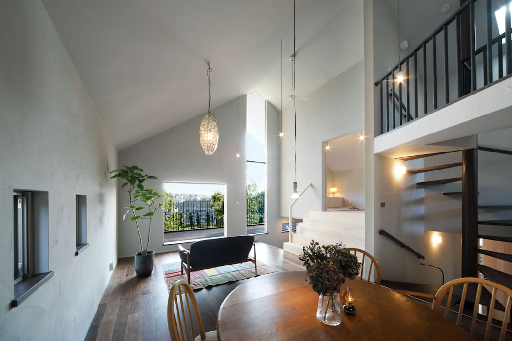 House in Kunimidai: Mimasis Design/ミメイシス デザインが手掛けたリビングです。