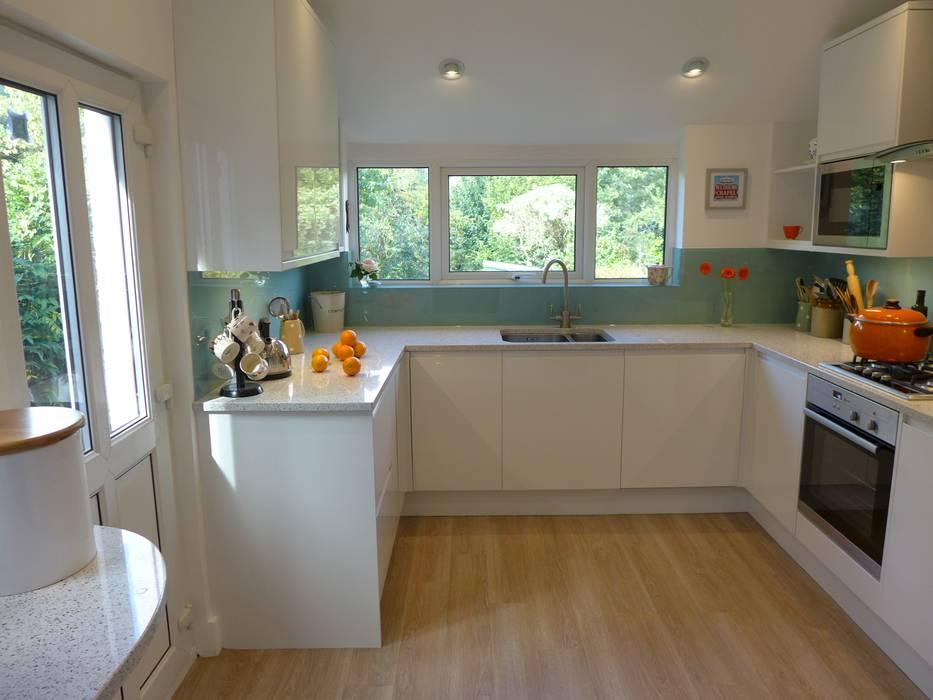 White Gloss Kitchen Moderne Küchen von Style Within Modern