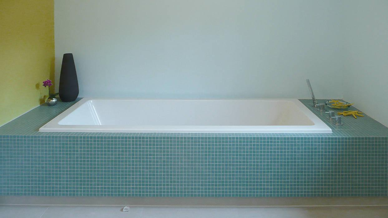 Baden mit der ganzen Familie Moderne Badezimmer von Junghanns + Müller Architekten Modern Fliesen