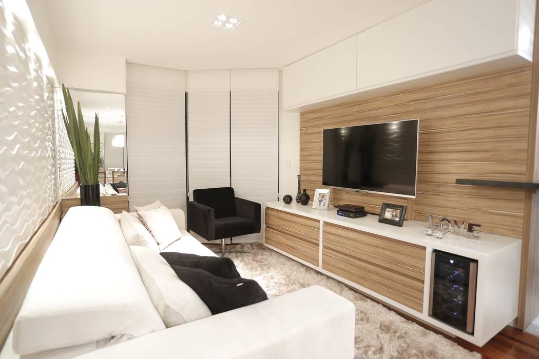 Salon moderne par Estúdio Pantarolli Miranda - Arquitetura, Design e Arte Moderne
