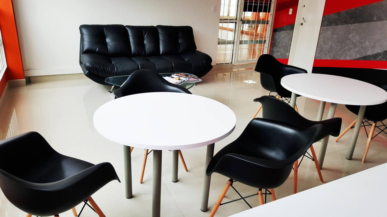 Sala de espera : Gimnasios  de estilo  por Phoenix Touch