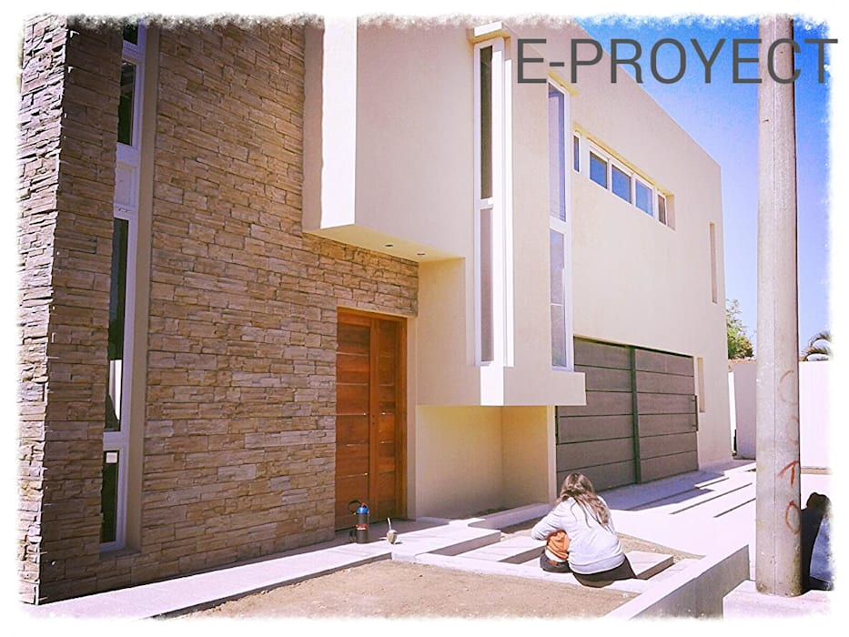 PROYECTO Y DIRECCIÓN TECNICA - VIVIENDA UNIFAMILIAR: Casas de estilo  por E-PROYECT
