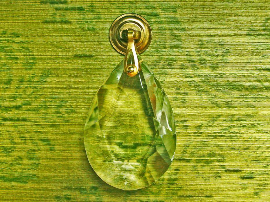 Camera Da Letto Stile Anni 70 : Canterano comò verde rivestito con carta da parati in tessuto anni
