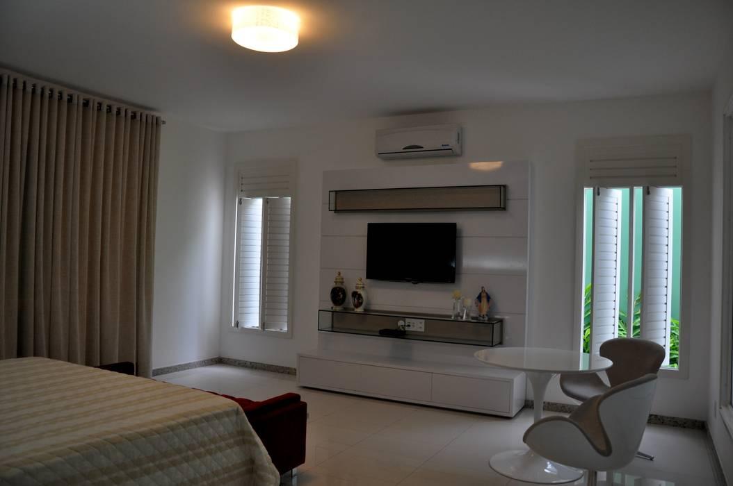 Libório Gândara Ateliê de Arquitetura Modern Bedroom