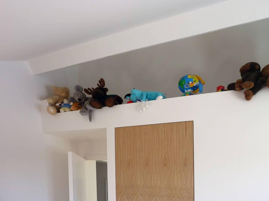 Modern nursery/kids room by Olivier Stadler Architecte Modern