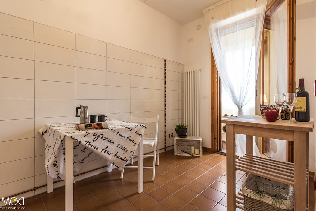HOME STAGING_Caramello Michela Galletti Architetto e Home Stager Cucina moderna