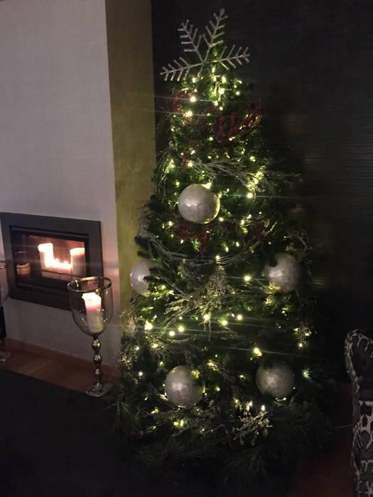Christmas time Salas de estar modernas por 3L, Arquitectura e Remodelação de Interiores, Lda Moderno