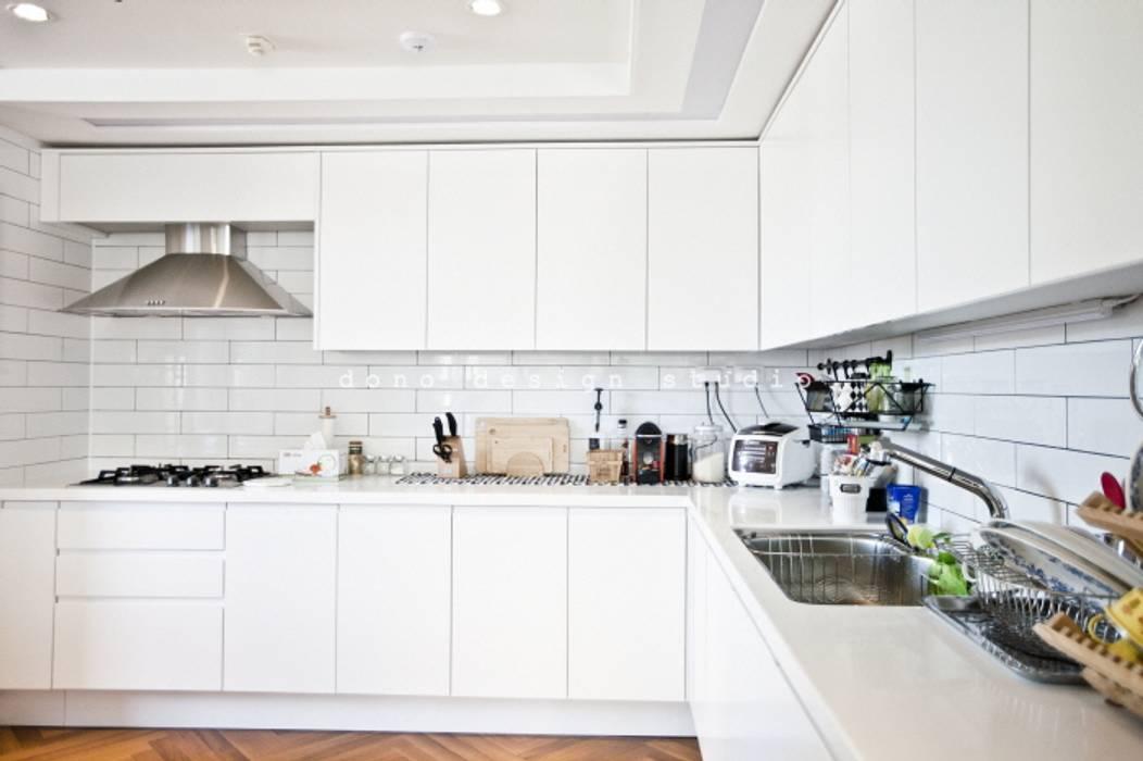 Dapur Modern Oleh 도노 디자인 스튜디오 Modern