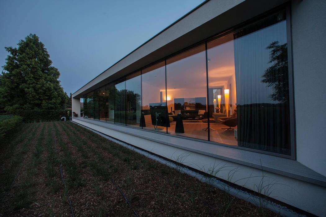 Glazen achtergevel Moderne huizen van Engelman Architecten BV Modern
