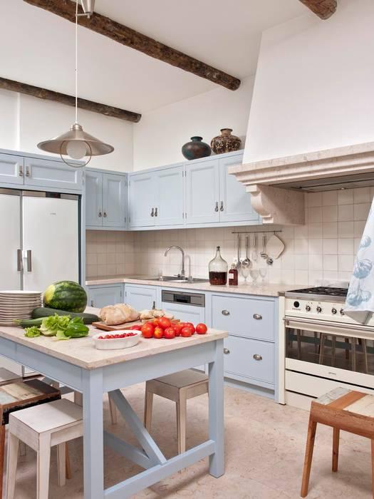Кухня в стиле кантри от SA&V - SAARANHA&VASCONCELOS Кантри