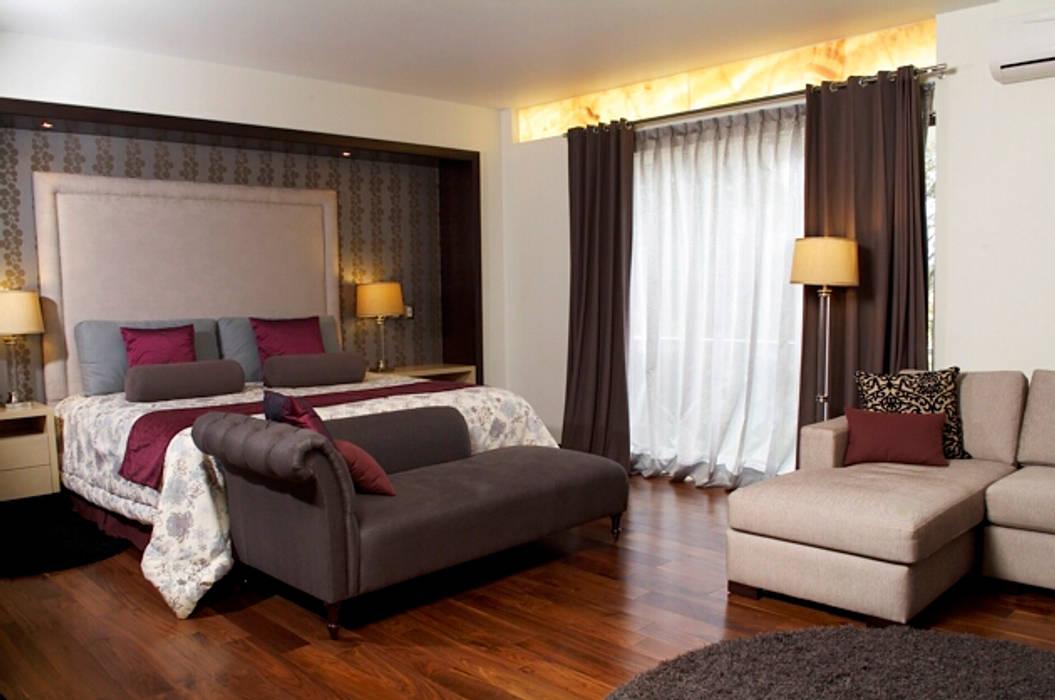 Modern style bedroom by arketipo-taller de arquitectura Modern
