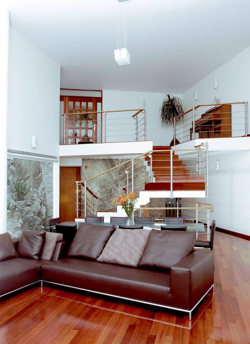 Casa M: Salas de estilo  por alexandro velázquez,
