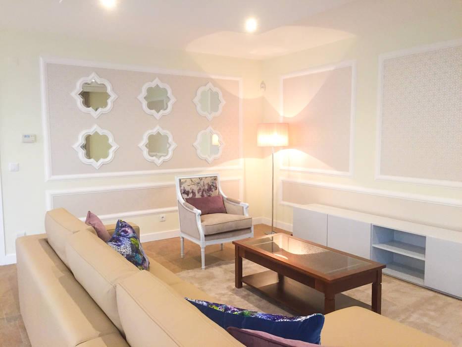 PAREDE: Salas de estar  por Stoc Casa Interiores,