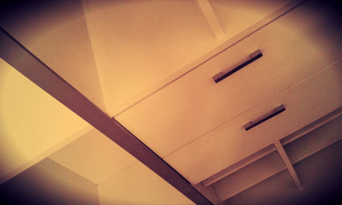 CAJONES: Dormitorios de estilo moderno por ARQ DANIEL CARRIZO