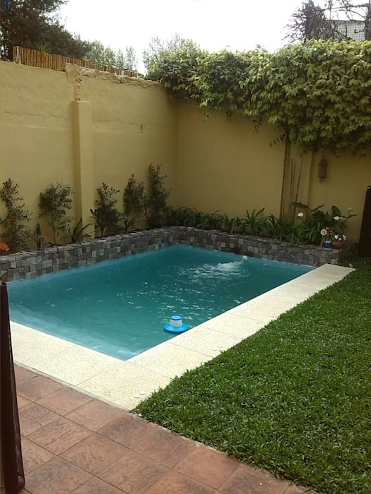 Rustic style pool by CC|arquitectos Rustic