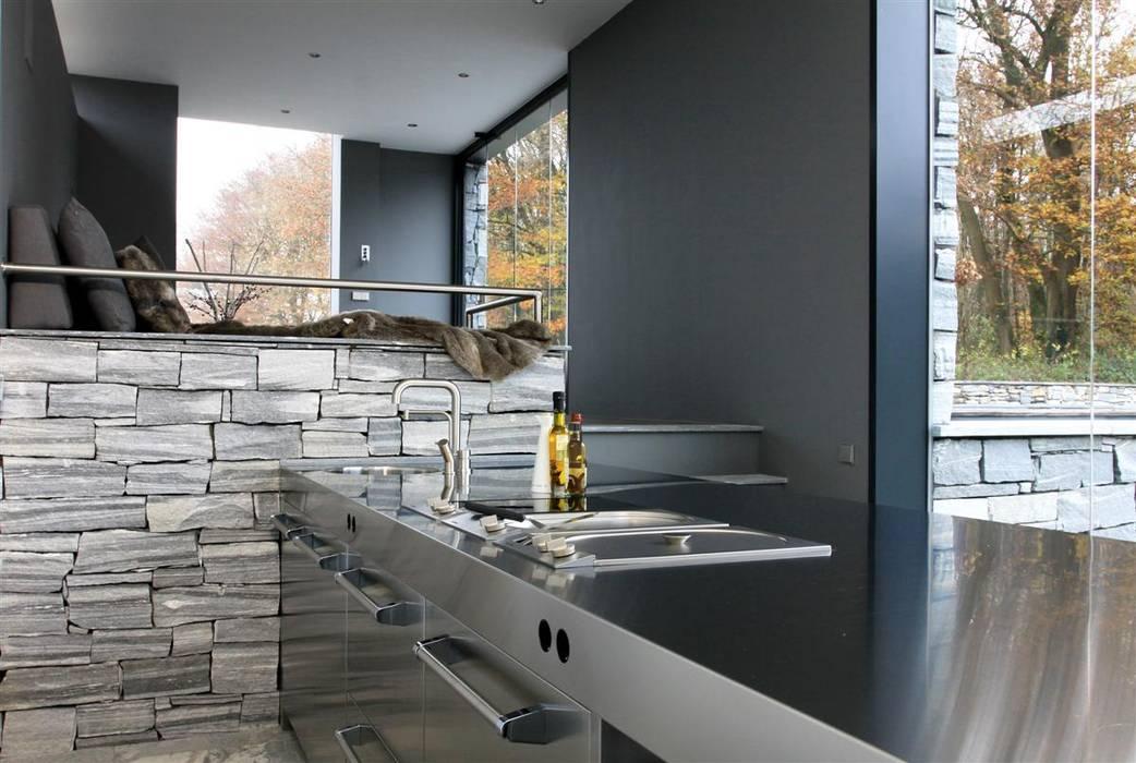 Arend Groenewegen Architect BNA Cucina moderna Ferro / Acciaio Grigio